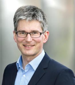 Dr. Martin Fritz ist theologischer Leiter der Evangelischen Zentralstelle für Weltanschauungsfragen (EZW) in Berlin. Er untersucht Strömungen des Zeitgeistes sowie evangelikales und pfingstlich-charismatisches Christentum. Foto: EZW Berlin