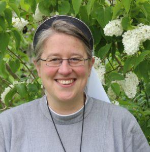 Sr. PD Dr. Nicole Grochowina lehrt Neuere Kirchengeschichte an der Friedrich-Alexander-Universität Nürnberg-Erlangen.